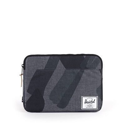 Чехол Herschel Anchor Sleeve For 15 Inch Macbook Black Portal